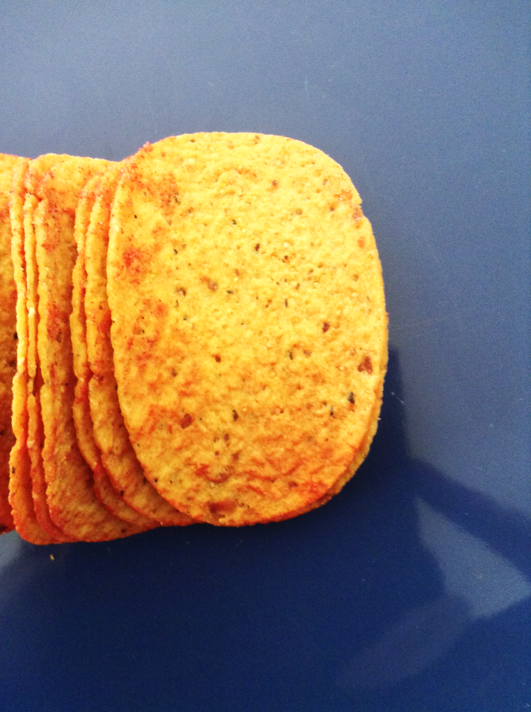 New Pringles Tortillas Review Zesty Salsa Chip