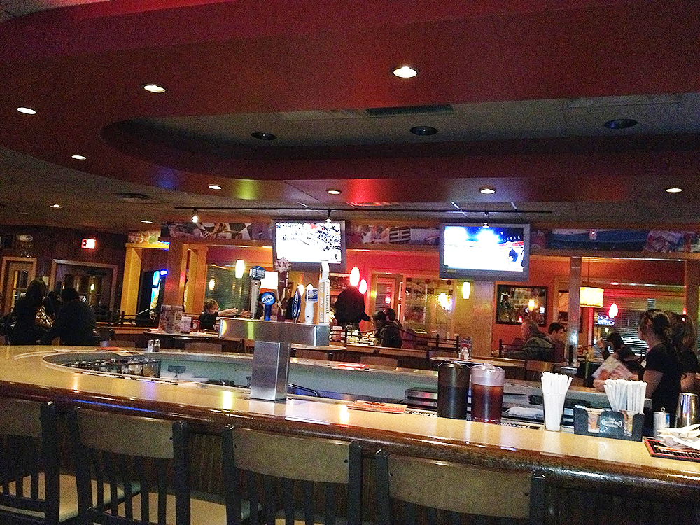 applebees-interior